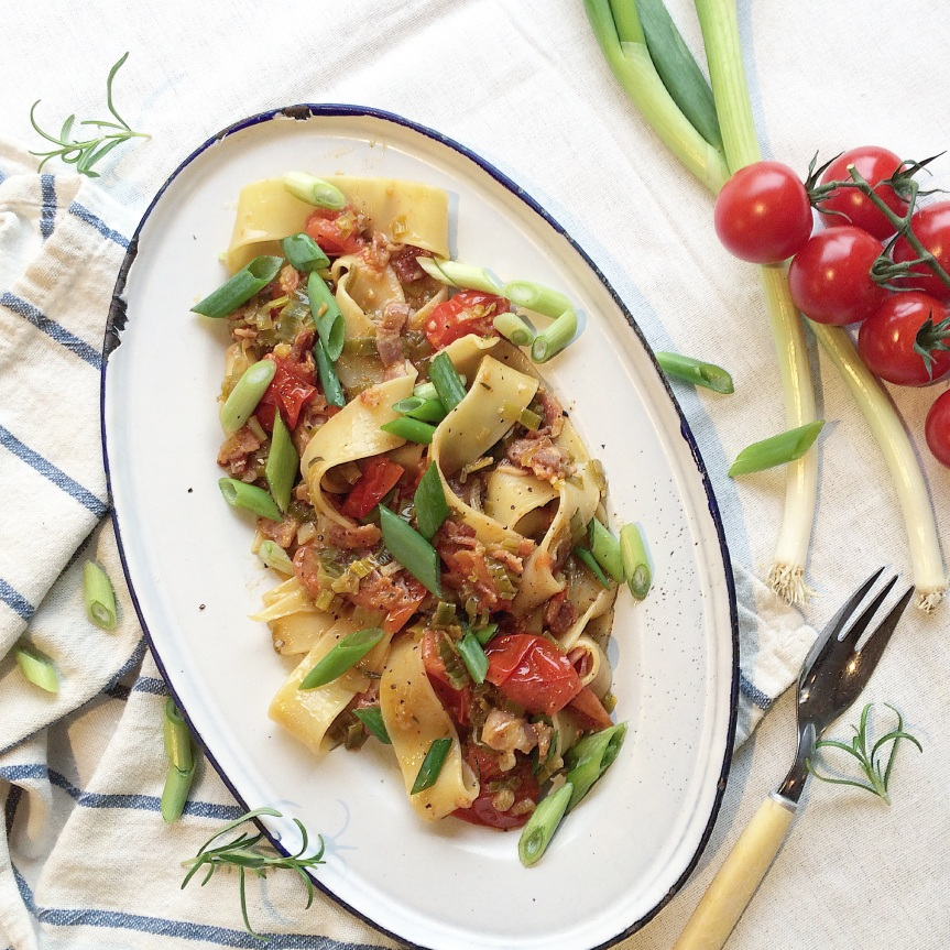 PAPPARDELLE MED PURRE, BACON OGTOMAT
